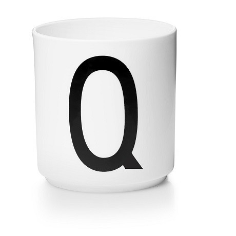 Персональна фарфорова чашка Q, Design Letters - 42517