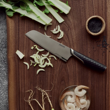 Нож Сантоку Titanium, Fiskars - 45542